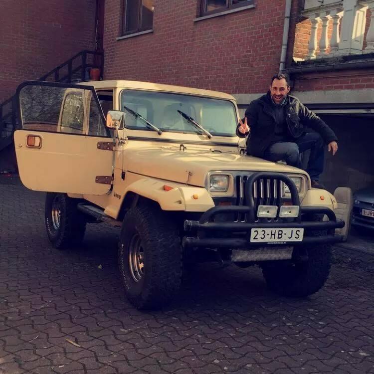 debut de projet... Jeep_a11