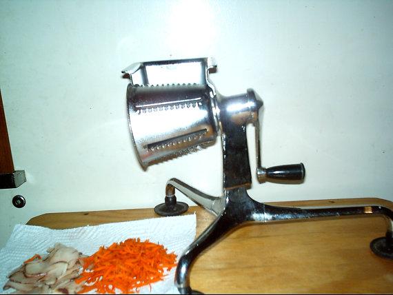 Mandolin or food slicer Food_s10