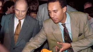 Philippe de Villiers sur Sarkozy, Mitterrand, Chirac   Mitter12