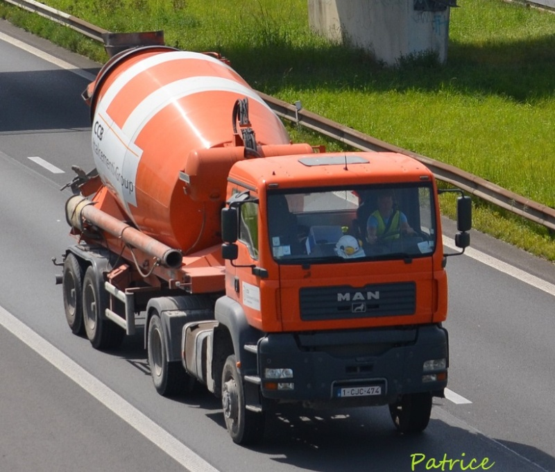 Pompes a beton + Camions malaxeur (Camions Toupie) - Page 3 112pp10