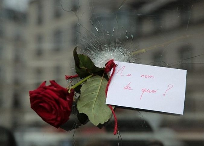 ATTENTATS  A PARIS  Vendredi 13.11.2015 Dd11