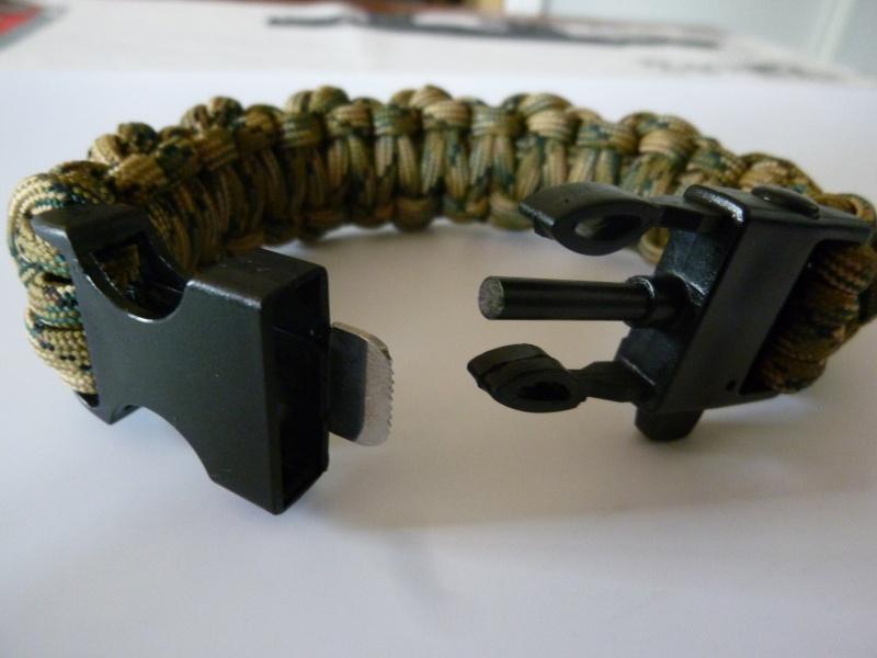 Bracelet de survie cobra+ tressage en croix avec Allume-feu & Sifflet P1030526