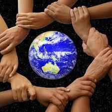 """""""Apportons notre lumière pour la paix dans le monde"""" - Page 2 Tylych11"""