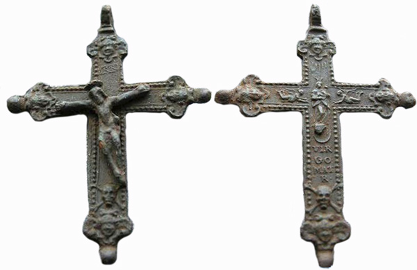Crucifijo bifaz con pezuelos, Virgen con Niño- S-XVII- [Pec050-S-XVII] Crucif13