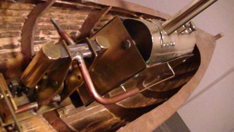 chaloupe à vapeur de 30 ans plan MRB - Page 2 Pic_6018