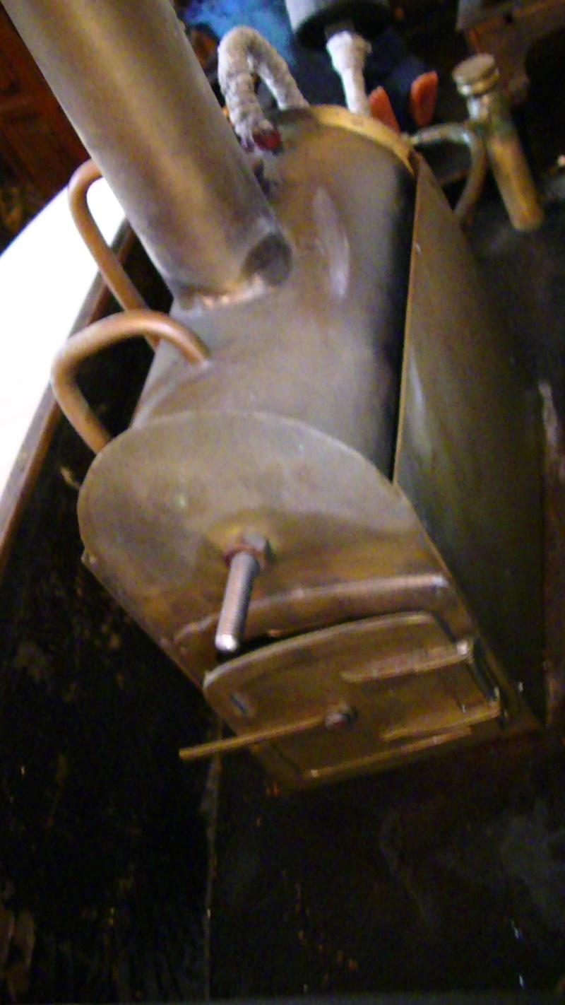 renovation de ma barque à vapeur hors-bord plan maison. Pic_6027