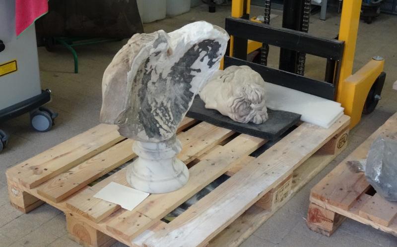 Visite à l'atelier de restauration des sculptures du C2RMF Dsc05427