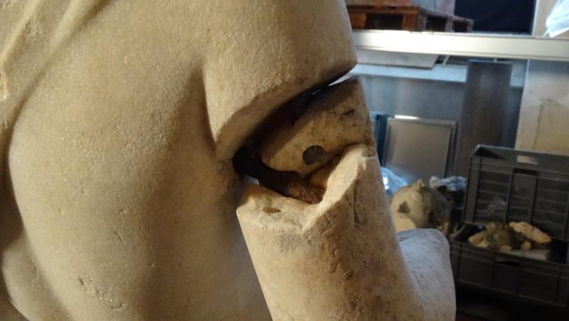 Visite à l'atelier de restauration des sculptures du C2RMF - Page 2 Dsc05438