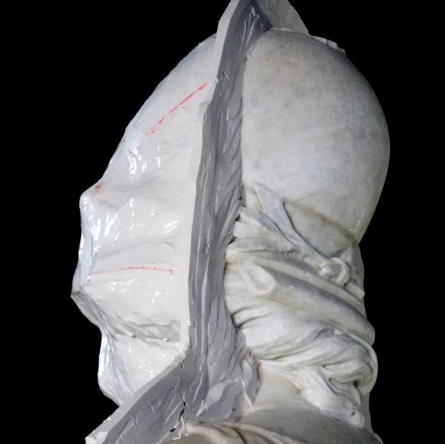 Visite à l'atelier de restauration des sculptures du C2RMF Dsc05514