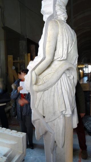 Visite à l'atelier de restauration des sculptures du C2RMF Dsc05517