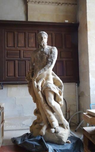 Visite à l'atelier de restauration des sculptures du C2RMF - Page 2 Dsc05536
