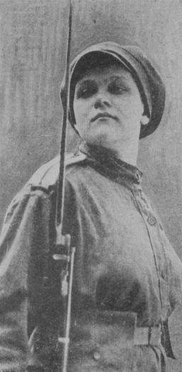 Les femmes Russes dans la grande Guerre Bat_fe12
