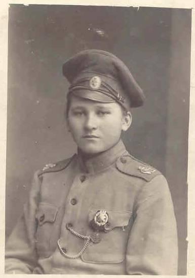 Les femmes Russes dans la grande Guerre Bat_fe24