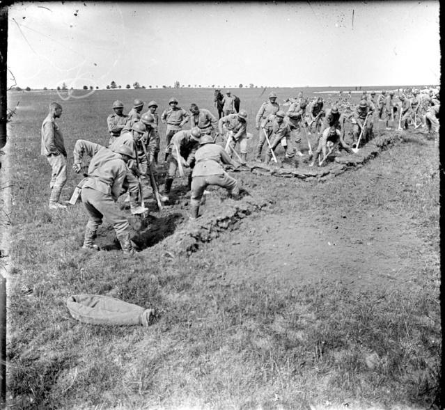 Les brigades Russes en France Brigad22