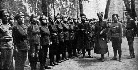Les femmes Russes dans la grande Guerre Womens10