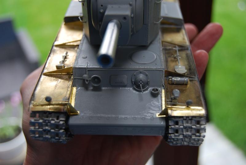 kv-2 capturé et abandonné 1/35 (trumpeter) Mes_ma10