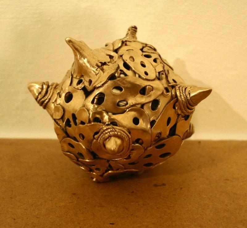 Test très grosse pièce (sculpture) bronze doré classique - Page 6 Img_6319