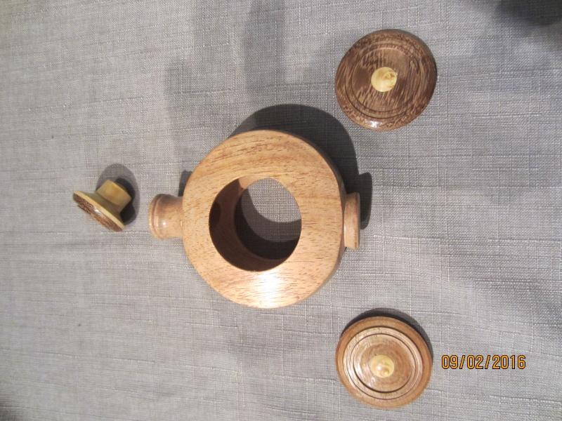 Flacon au tour à bois. Img_3833