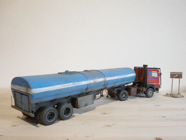 Renault 310 Italeri mit Tanktrailer 1:24 --Wasser für Santa Margerita Fa01410