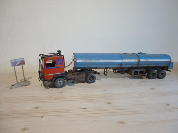 Renault 310 Italeri mit Tanktrailer 1:24 --Wasser für Santa Margerita Fa0310