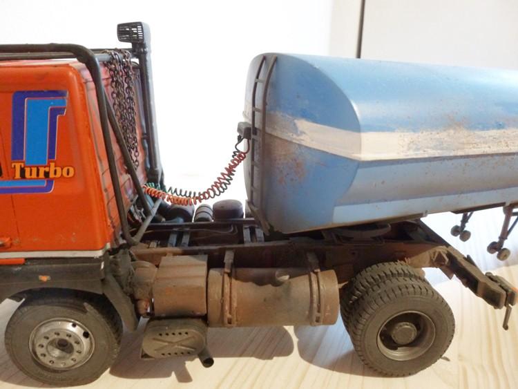 Renault 310 Italeri mit Tanktrailer 1:24 --Wasser für Santa Margerita Fa0810