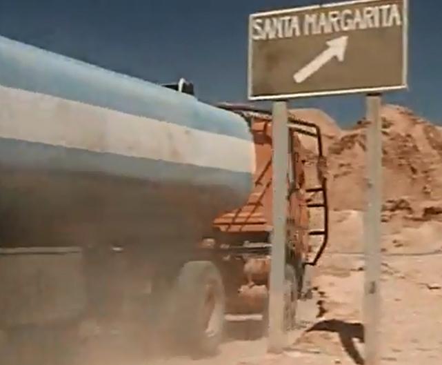 Renault 310 Italeri mit Tanktrailer 1:24 --Wasser für Santa Margerita Schild10