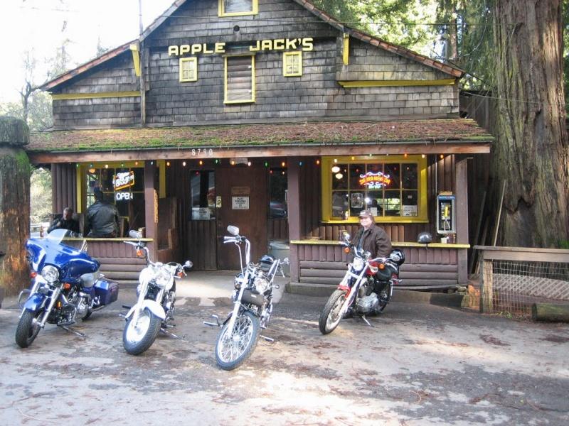 Bar, pub, resto bikers - Page 2 Apple10
