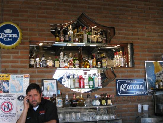 Bar, pub, resto bikers - Page 2 Bikers18