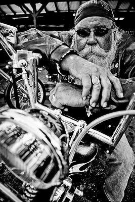 Biker et fier de l'être - Page 4 Bikers24