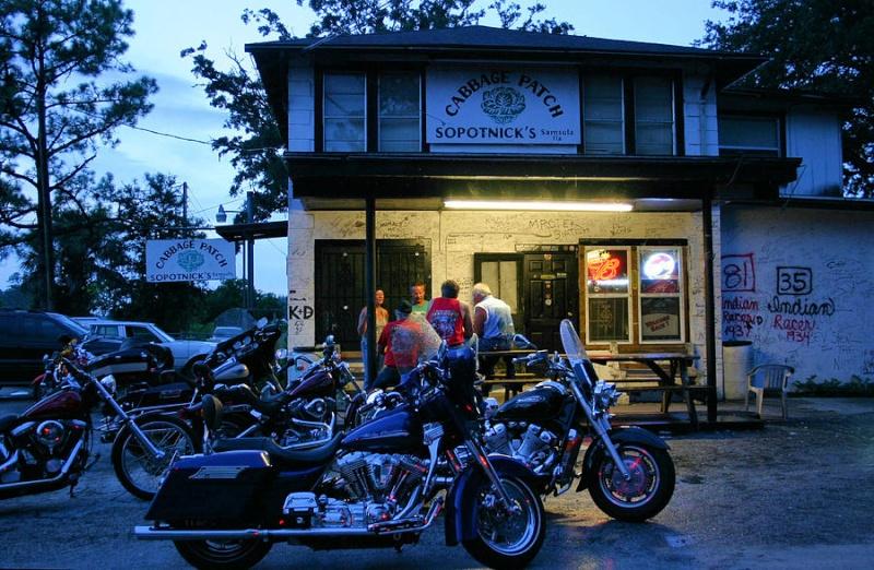 Bar, pub, resto bikers Cabbag10