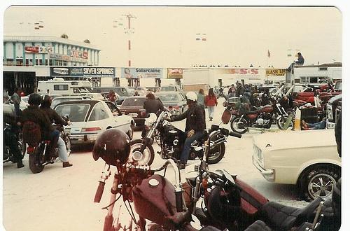 Vieilles photos (pour ceux qui aiment les anciennes photos de bikers ou autre......) - Page 2 Dayton10