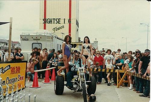Vieilles photos (pour ceux qui aiment les anciennes photos de bikers ou autre......) - Page 2 Dayton11