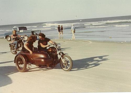 Vieilles photos (pour ceux qui aiment les anciennes photos de bikers ou autre......) - Page 2 Dayton20