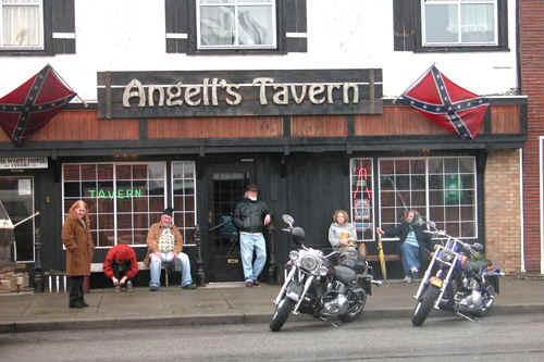Bar, pub, resto bikers Index_10