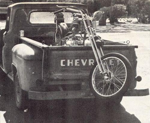 Vieilles photos (pour ceux qui aiment les anciennes photos de bikers ou autre......) - Page 8 Oldb410