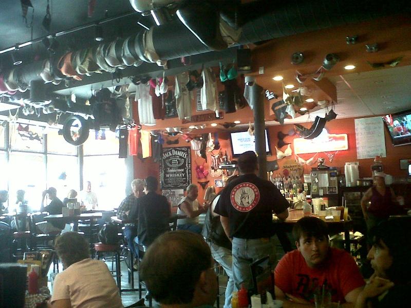 Bar, pub, resto bikers Piz10