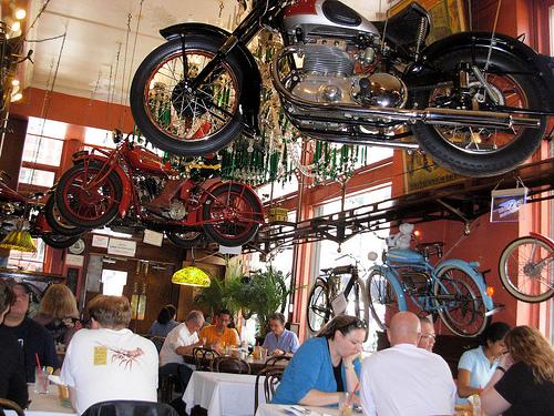 Bar, pub, resto bikers - Page 2 Resto110