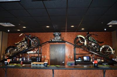 Bar, pub, resto bikers - Page 3 Sturgi10