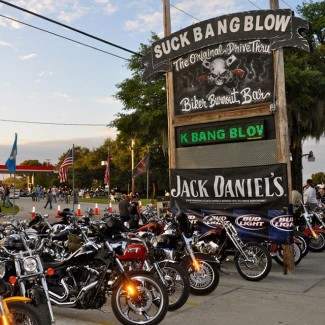 Bar, pub, resto bikers - Page 3 Suckba10