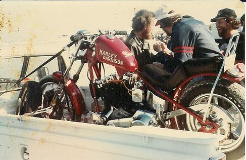 Vieilles photos (pour ceux qui aiment les anciennes photos de bikers ou autre......) - Page 2 Vintag10