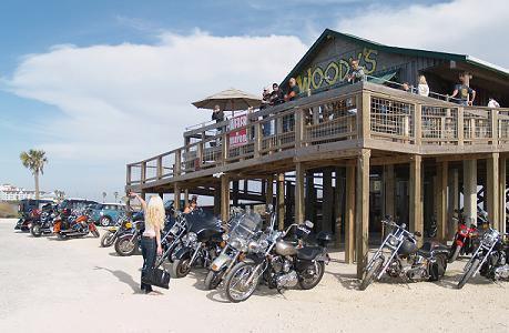 Bar, pub, resto bikers Woodys10