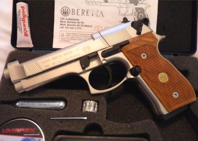 beretta 92 fs sniper grey avec red dot walther  Image_27