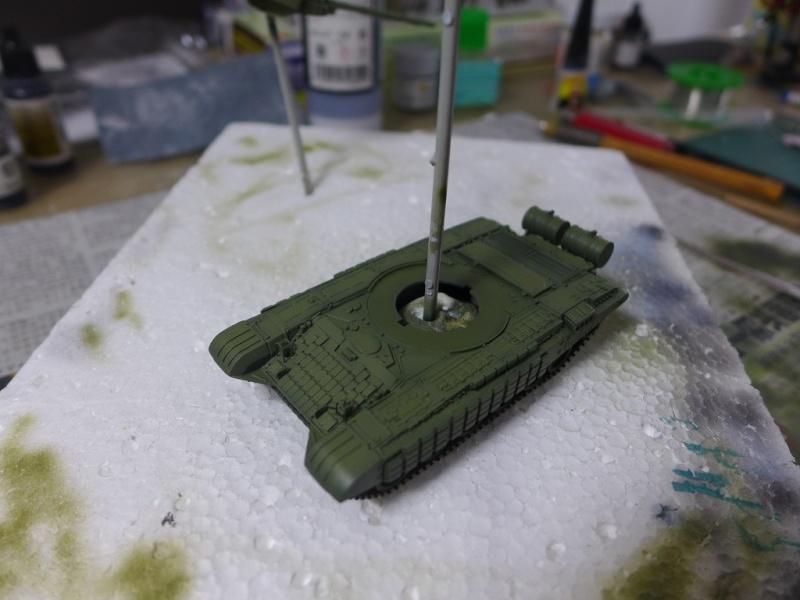 T-72B1 mit ERA Panzerung von Modelcollect P1040939