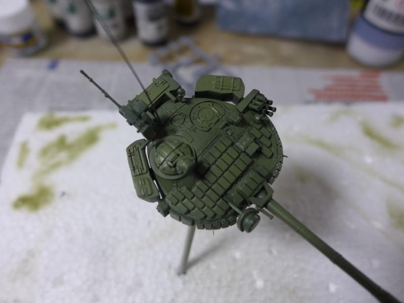 T-72B1 mit ERA Panzerung von Modelcollect P1040942