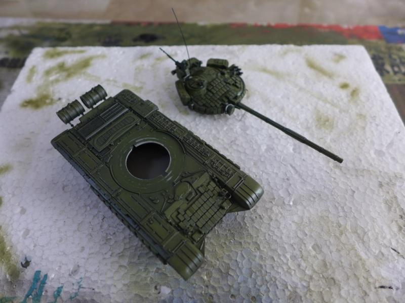 T-72B1 mit ERA Panzerung von Modelcollect P1040944