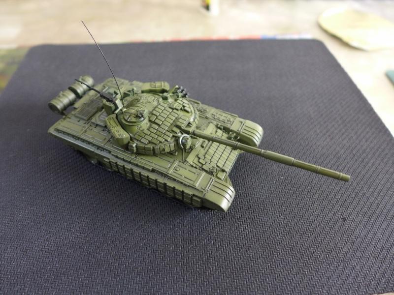 T-72B1 mit ERA Panzerung von Modelcollect P1040948