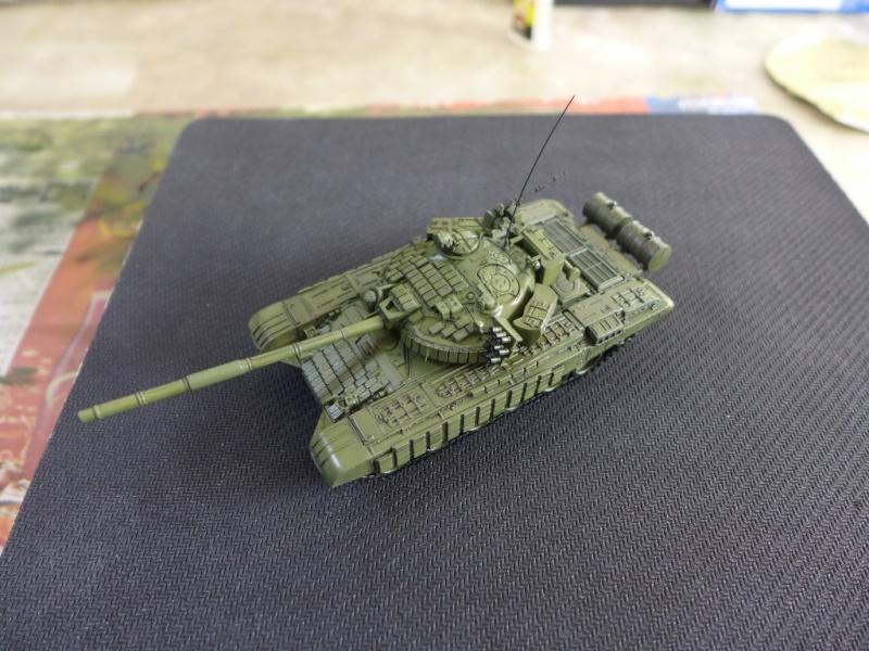 T-72B1 mit ERA Panzerung von Modelcollect P1040949