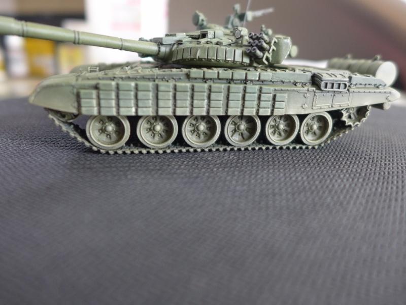 T-72B1 mit ERA Panzerung von Modelcollect P1040959