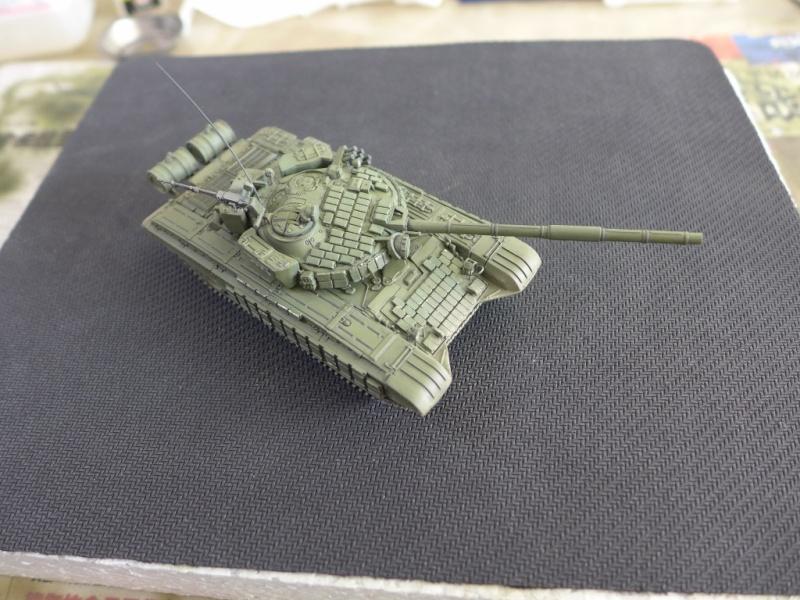 T-72B1 mit ERA Panzerung von Modelcollect P1040966