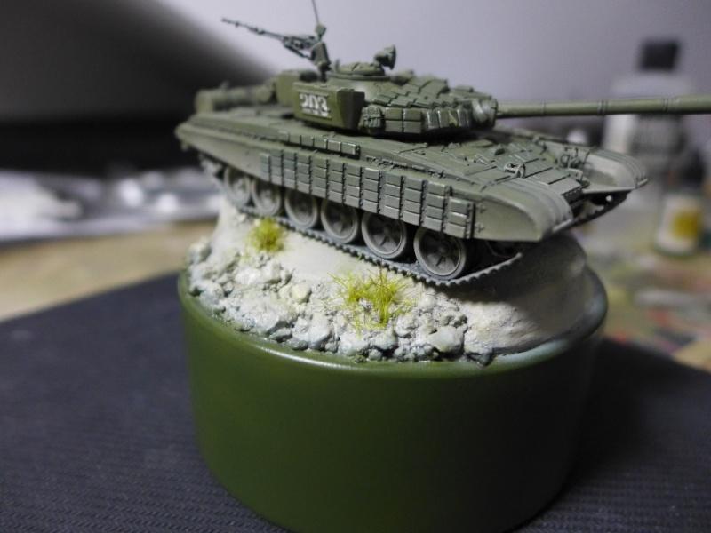 T-72B1 mit ERA Panzerung von Modelcollect P1050033